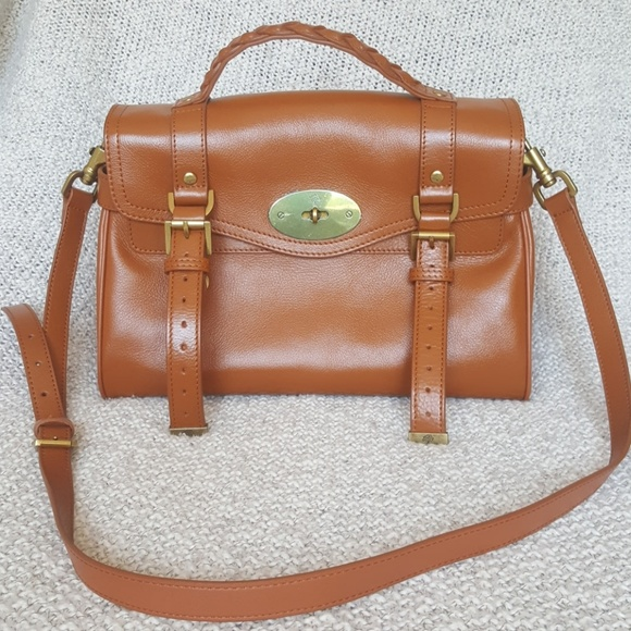 2a270befcf4 Mulberry Alexa Cognac Large Leather Purse Likenew.  M 5b65e77ff63eeae9ec4747ed